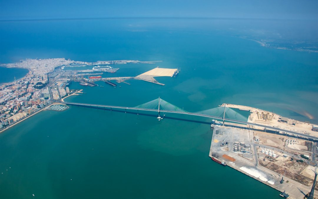 Freight traffic grows by 25 percent in the Bay of Cadiz until May