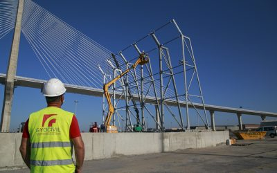 Progress is being made on the installation of the protective screens at La Cabezuela-Puerto Real