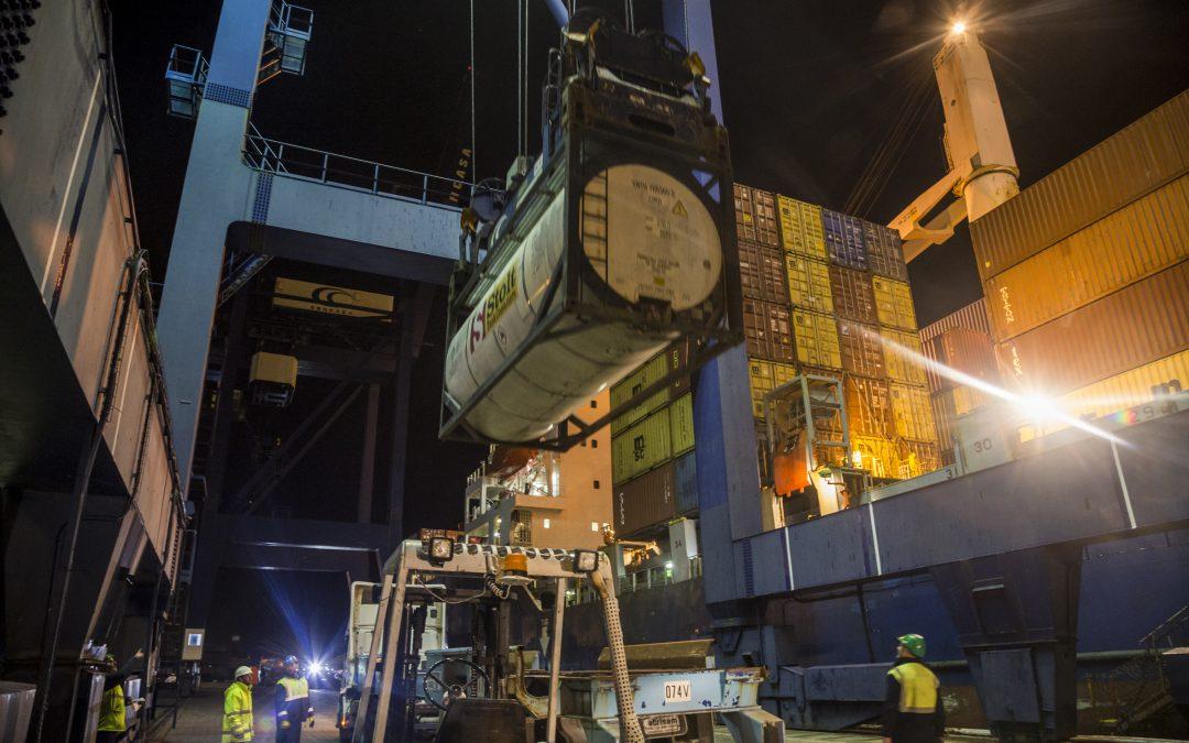 El tráfico de mercancía general crece hasta octubre un 28 por ciento en la Bahía de Cádiz