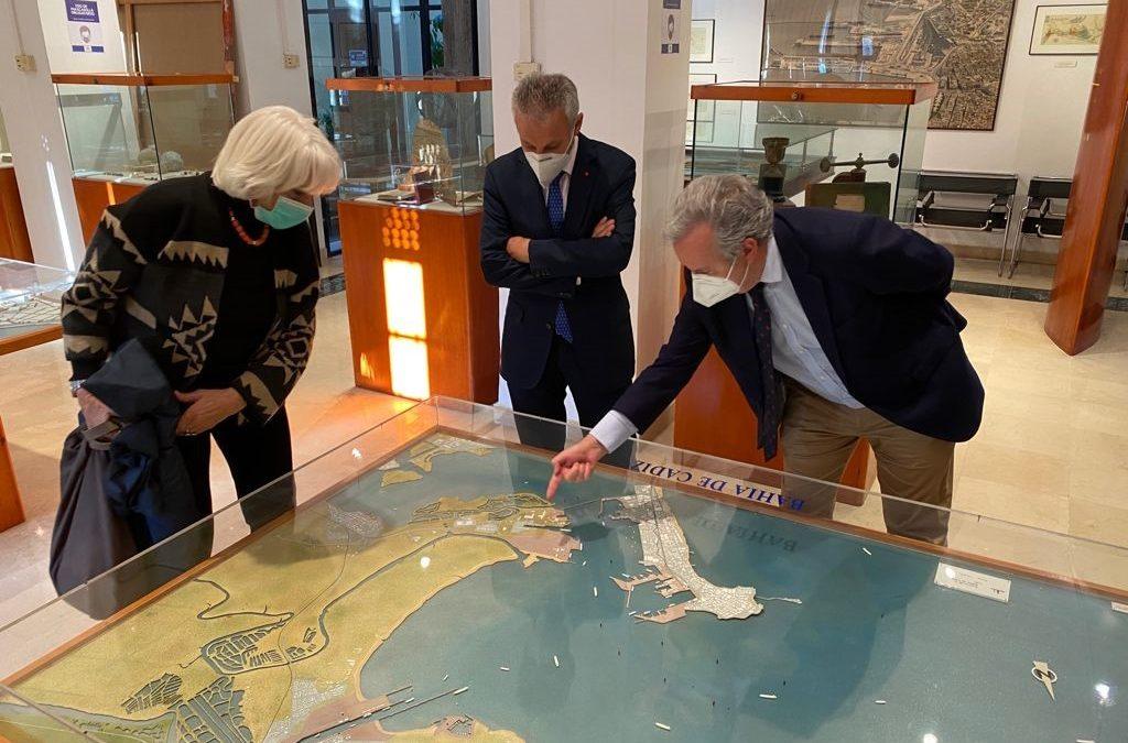 El presidente de Puertos del Estado felicita al Puerto de Cádiz por sus buenos resultados y le augura un próspero futuro