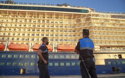 El Puerto de Cádiz recibe hoy la escala simultánea de cuatro cruceros con nueve mil quinientas personas